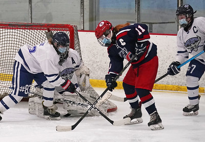 avonsouthingtonrhamnewingtonlewis-millswethersfieldcoventrygirls-ice-hockey-uses-dominante-first-period-to-roll-past-conardhall