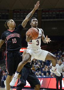 uconn-guard-gilbert-out-for-season-with-shoulder-injury