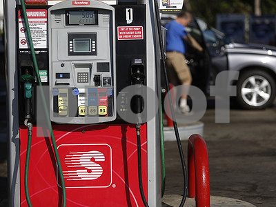 texas-us-retail-gasoline-prices-up-3-cents-to-start-2018
