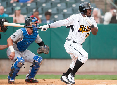 outfielder-walton-continuing-to-show-strong-presence-at-plate-in-second-season-with-new-britain-bees