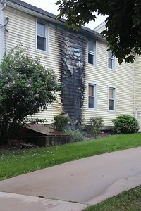 fire-damages-exterior-side-of-berlin-home