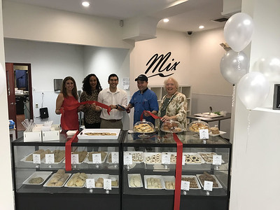 mix-fine-cakes--pastries-is-officially-open-in-southington