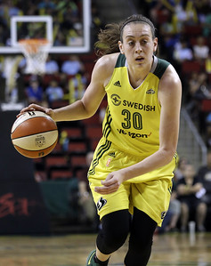 four-former-uconn-womens-basketball-players-to-start-in-wnba-allstar-game