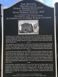marker-honoring-birthplace-of-public-higher-education-in-connecticut-dedicated
