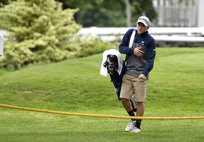 st-paul-boys-golf-working-to-improve-short-game-moving-forward
