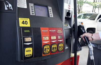 demand-for-gasoline-reaches-highest-mark-ever-pushing-price-at-pump-higher-heres-lowest-priced-stations-in-area