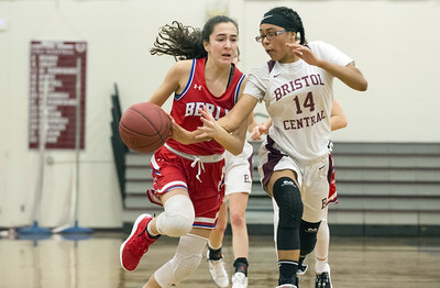 bristol-central-girls-basketball-looking-to-learn-from-loss-against-undefeated-berlin
