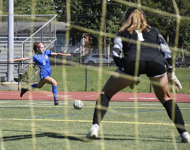 southington-girls-soccer-eying-postseason-with-raw-young-crew
