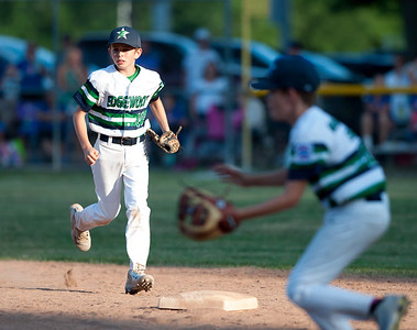 edgewood-little-league-allstar-team-defeated-by-wallingford-in-district-5-championship-ending-special-season