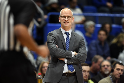 uconn-mens-basketball-will-play-games-against-usc-nc-state-in-bubbleville