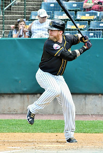 new-britain-bees-dh-carp-heating-up-after-extended-time-away-from-professional-baseball