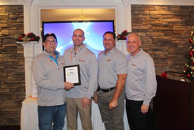 a-reason-to-applaud-southington-chamber-of-commerce-celebrates-launch-of-go4er-app