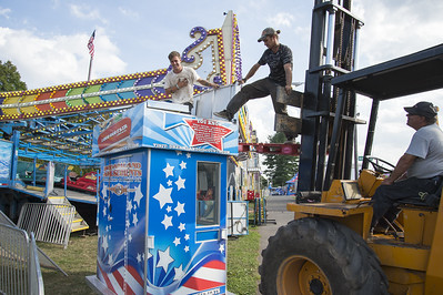 good-weather-big-crowds-great-food-expected-as-berlin-fair-opens-today