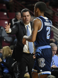 moore-returns-to-uconn-mens-basketball-program-as-assistant-to-hurley