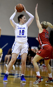 lydon-scores-seasonhigh-19-points-for-ccsu-womens-basketball-in-loss-to-wagner