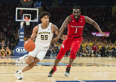 no-25-rutgers-mens-basketball-rallies-twice-but-comes-up-short-against-michigan-at-madison-square-garden