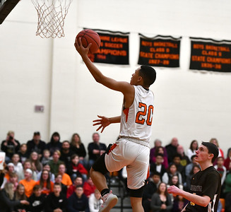 terryville-boys-basketball-edges-rival-thomaston-in-tightlycontested-game