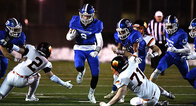 football-preview-no-2-southington-ready-for-familiar-rematch-against-no-3-darien-in-class-ll-semifinals