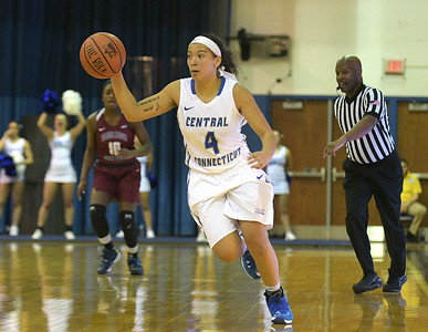 ccsu-womens-basketball-picks-up-second-win-of-season-after-downing-sacred-heart