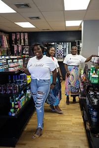 new-britain-beauty-salon-giving-back-with-toy-giveaway-monday