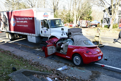 3car-crash-in-plymouth-closes-rt-6-for-two-hours-thursday