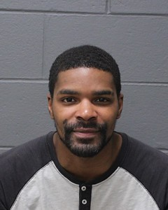 southington-police-charge-three-people-after-finding-them-in-stolen-car