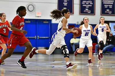 gonzalezs-big-game-propells-st-paul-girls-basketball-to-blowout-win-over-kennedy