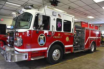 terryville-firefighters-responded-to-overnight-fire-at-barn