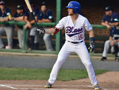 use-of-wooden-bats-has-helped-bristol-blues-players-as-they-prepare-for-upcoming-college-seasons