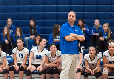 southington-girls-volleyball-gaining-confidence-from-firstround-state-tournament-win