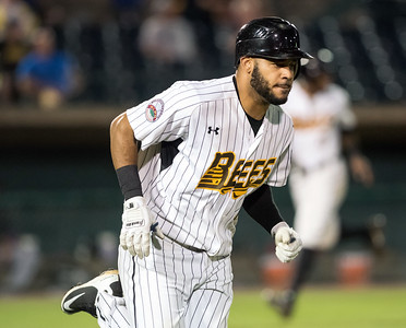 new-britain-bees-sign-former-big-leaguers-ford-martinez-gervacio