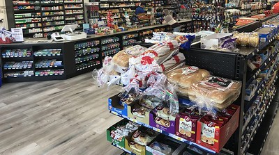 neighbors-convenience-food-mart-holds-ribbon-cutting