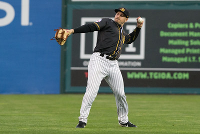new-britain-bees-fall-at-home-to-lancaster-barnstormers