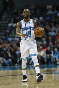 former-uconn-star-walker-unsure-of-future-with-hornets-as-free-agency-looms
