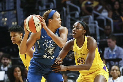 former-uconn-star-collier-named-wnba-rookie-of-the-year