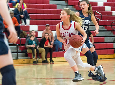 gregas-ability-to-score-in-transition-has-been-key-to-berlin-girls-basketballs-fast-start