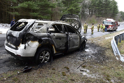 two-people-escape-fully-involved-vehicle-fire-in-plymouth
