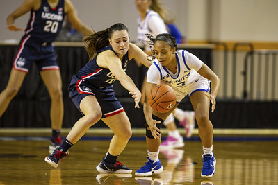 uconn-women-take-first-place-in-big-east-with-blowout-of-creighton