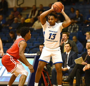 ccsu-mens-basketball-falters-in-second-half-suffers-rout-to-liu