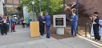 cmha-unveils-plaque-honoring-dannel-malloy