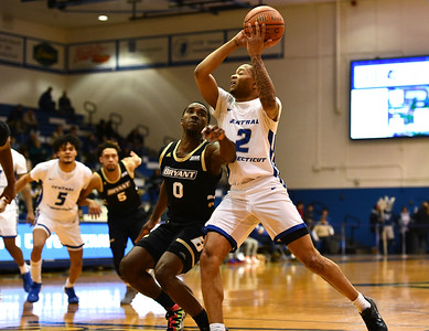 bakers-career-day-lifts-ccsu-mens-basketball-to-revenge-victory-over-bryant