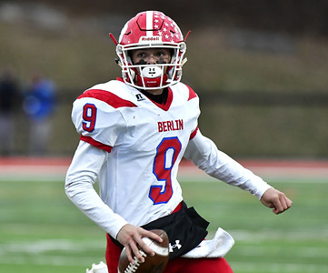its-one-of-those-dreams-you-hope-for-former-berlin-standout-kevin-dunn-commits-to-play-football-at-uconn