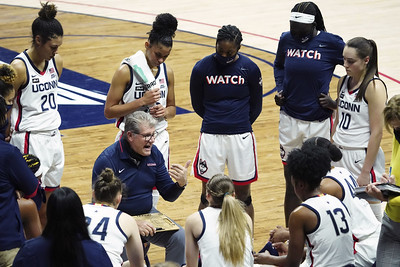 uconn-womens-basketballs-game-with-no-6-baylor-canceled-after-bears-mulkey-tests-positive-for-covid19