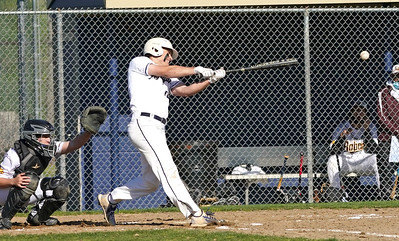 newington-baseball-favors-bunting-in-72-win-over-south-windsor