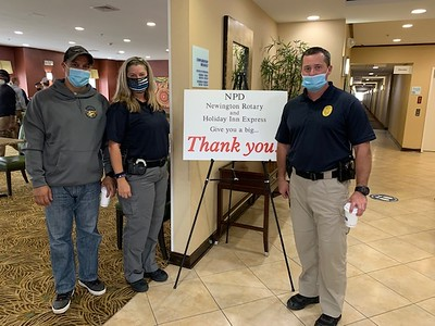 rotary-holiday-inn-express-thank-newington-police-with-a-free-breakfast-event