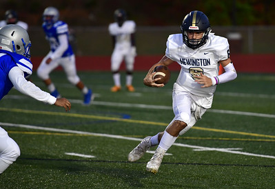 analysis-newington-football-using-collective-effort-on-offense-to-overwhelm-opponents
