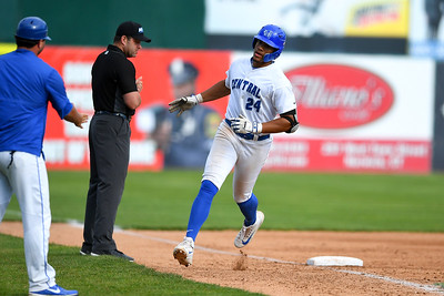 ccsu-baseball-slugger-tt-bowens-signs-free-agent-contract-with-baltimore-orioles