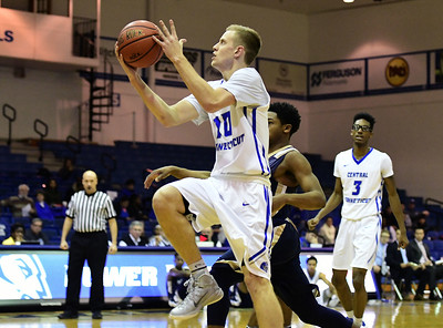 nehls-helps-ccsu-mens-basketball-hold-off-cleveland-state-to-win-third-staight