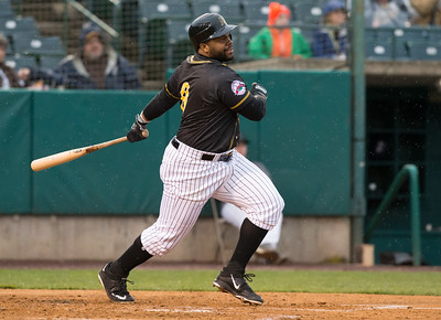 rogers-leads-way-as-new-britain-bees-hit-five-home-runs-to-rally-past-high-point-rockers