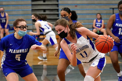 bristol-eastern-girls-basketball-dominates-early-rolls-to-easy-win-over-plainville